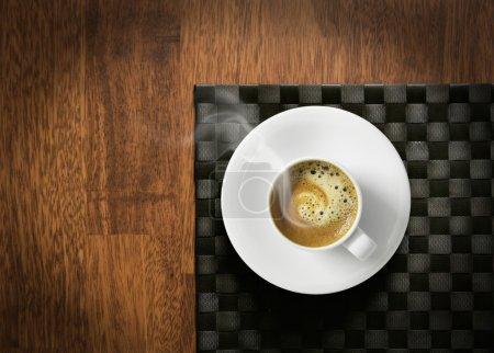 dampfend heißer Espresso