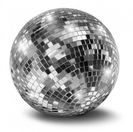 Photo pour Boule miroir disco argent isolée sur fond blanc - image libre de droit