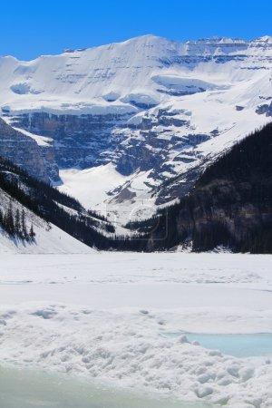 Photo pour Lake Louise dans le parc national Banff, Alberta Canada - image libre de droit