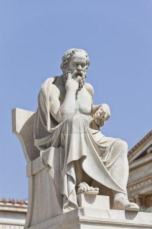 Photo pour Socrates devant l'Académie nationale d'Athènes, Grèce - image libre de droit
