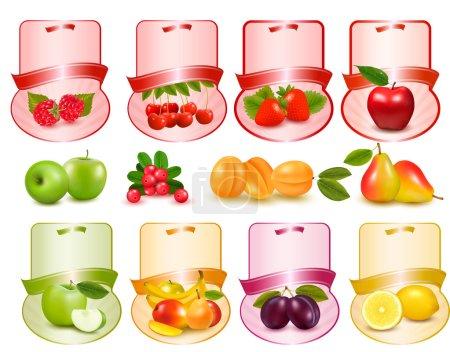 Ilustración de Conjunto de etiquetas con frutas y bayas - Imagen libre de derechos