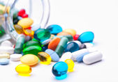 Barevné tablety, kapsle