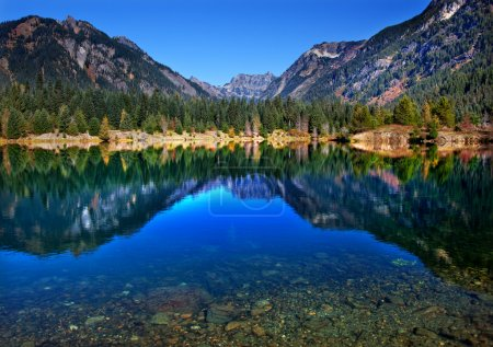 Gold Lake Reflection Mt Chikamin Peak Snoqualme Pass Washington