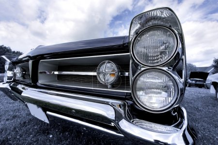 Classic car head lamp