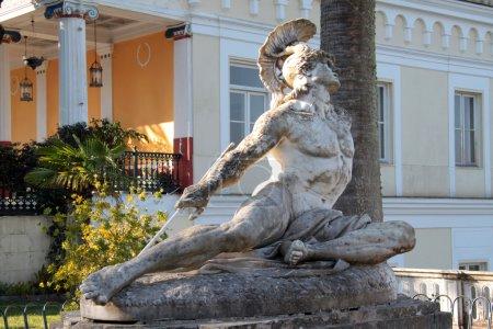 Statua Achille sofferente