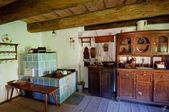 Starý dřevěný dům interiér