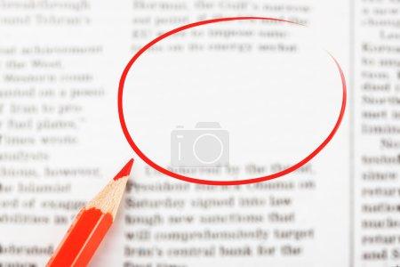 Photo pour Journal de gros plan avec un espace vide pour message - image libre de droit