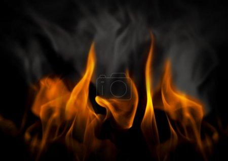 Foto de Infierno con llamas amarillas y humo negro y gris - Imagen libre de derechos