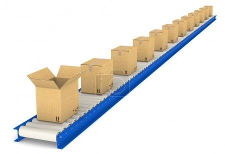 Photo pour Bande transporteuse avec boîtes. un ouvert. texture en carton. série entrepôt et logistique. - image libre de droit