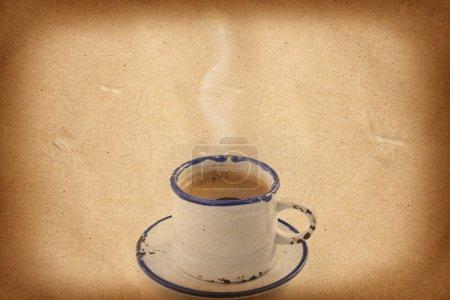 Photo pour Tasse de café sur fond grunge, modèle de menu - image libre de droit