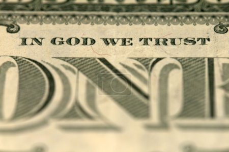 "Photo pour Photo du billet d'un dollar par le signe ""in god que We trust"". - image libre de droit"