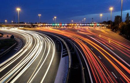 Photo pour Barrière de péage d'autoroute dans le sud de la france - image libre de droit
