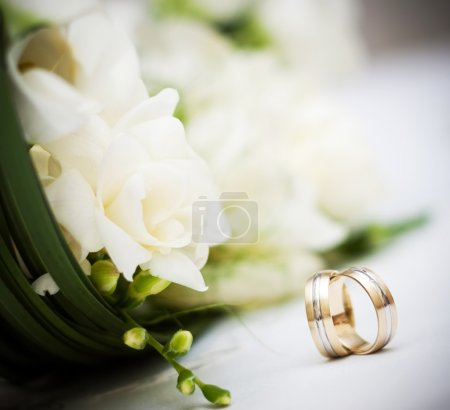 Photo for Wedding bouquet and rings - Royalty Free Image