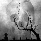 Spooky halloween night i cemetery