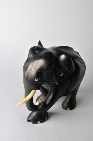 Elephant. Ghana's wood carving .