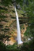 Nižší vodopád Pericnik
