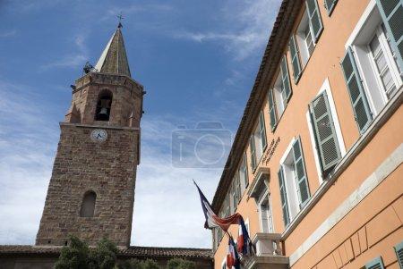Town hall en church of Frejus