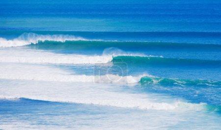 Photo pour Vagues de l'océan - image libre de droit