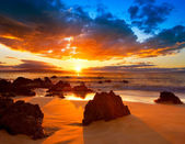 """Постер, картина, фотообои """"Драматические яркие закат в Гавайи"""""""