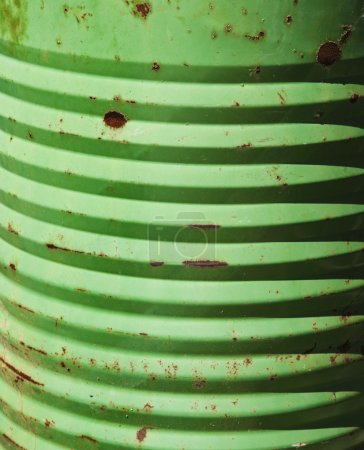 Side of green cannister.