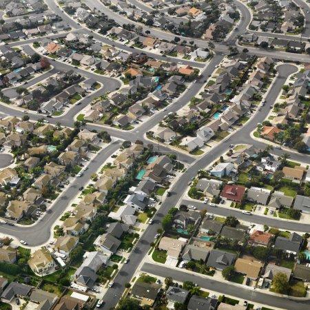 Photo pour Vue aérienne d'un vaste lotissement urbain du sud de la Californie . - image libre de droit
