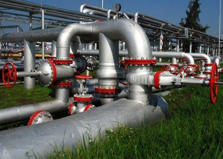 Russian oil production. Installation unit on oilfield