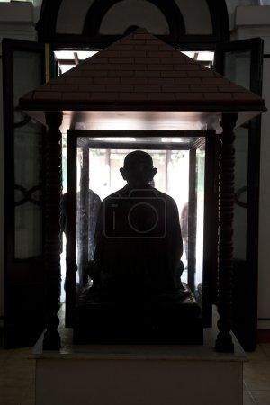 Gandhis statue