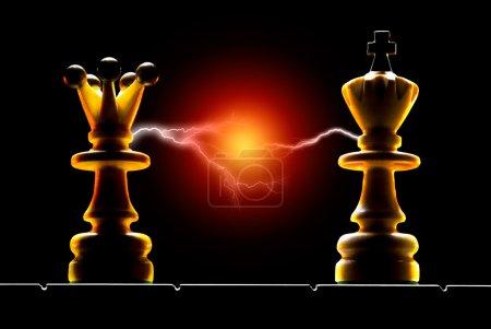 Photo pour Reine et roi sur fond noir. illumination de l'art. - image libre de droit