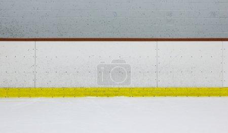 Photo pour Planches de hockey typiques . - image libre de droit