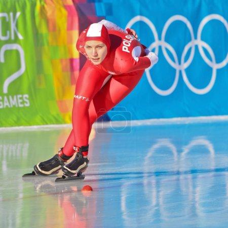 Photo pour Innsbruck, Autriche - 18 janvier aleksander milena kapruziak (Pologne) place 6ème dans l'épreuve de patinage de vitesse pour le 3000m dames sur 18 janvier 2012 à innsbruck, austr - image libre de droit