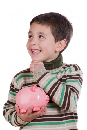 adorable enfant pense ce qu'il faut acheter avec leur épargne