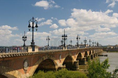 Photo pour Pont de pierre, Bordeaux, France - image libre de droit