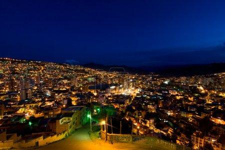 Photo pour Panorama de la nuit La Paz, Bolivie - image libre de droit