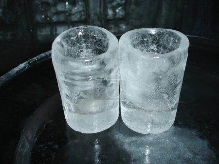 Ice glasses