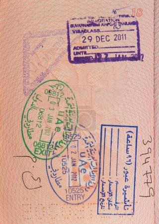 Photo pour Passeport avec timbres d'uae - image libre de droit