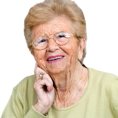 Photo pour Bouchent du portrait de l'amicale woman.isolated senior sur blanc. - image libre de droit
