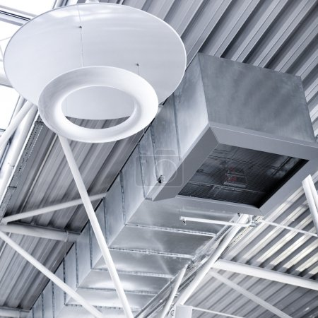 Photo pour Tubes de ventilation d'une condition d'air - image libre de droit