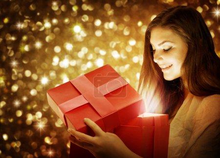 Photo pour Cadeau de Noël - image libre de droit