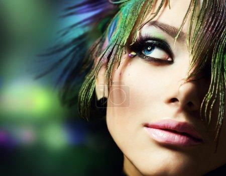 Photo pour Belle mode visage de femme. Maquillage parfait - image libre de droit