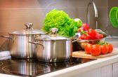 Kuchyně, vaření closeup. Dieta