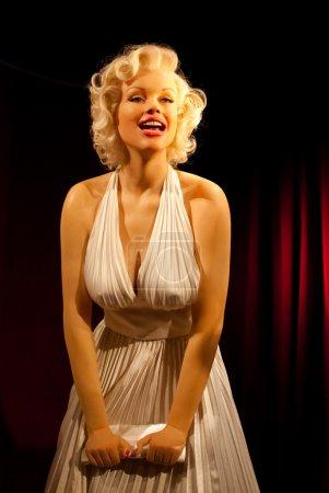 Marilyn Monroe wax statue...