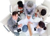 Vysoký úhel mezinárodním architektů na setkání