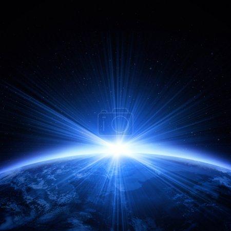 Photo pour Planète terre avec lumière du lever du soleil - image libre de droit