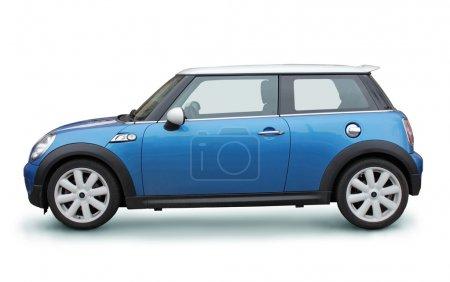Photo pour Vue de côté de petite voiture élégante sur fond blanc - image libre de droit