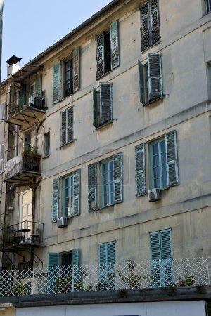 Descente Crotti Apartments
